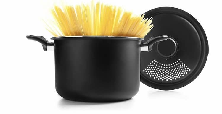 8 of the Best Pasta Pot with Strainer for 2021
